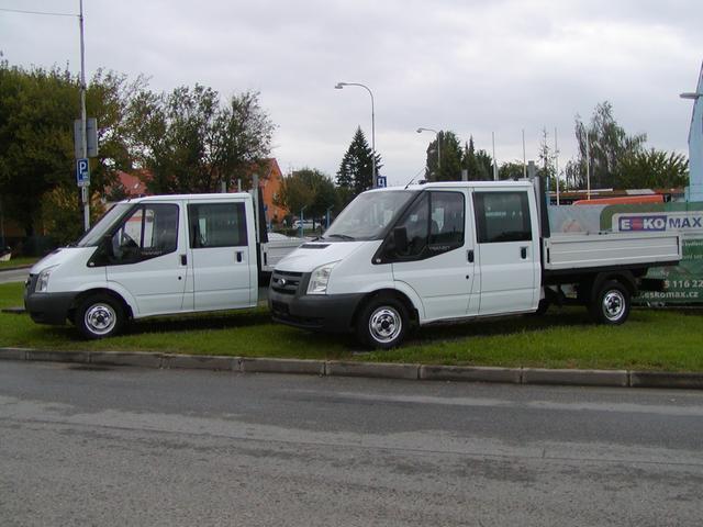 Ford Transit 300 M,2.2TDCi,Doublecab,7-míst