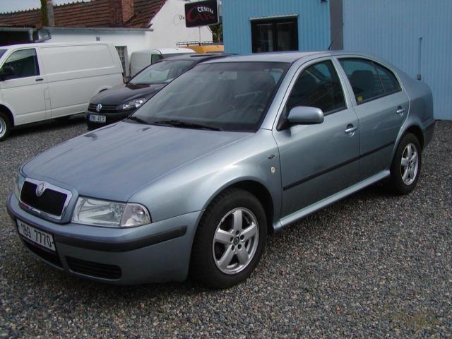 Škoda Octavia 1.6i ELEGANCE,DOBRÝ.STAV !!